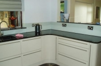 Grey kitchen splashback